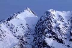 Almanzor y la Portilla Bermeja nevados